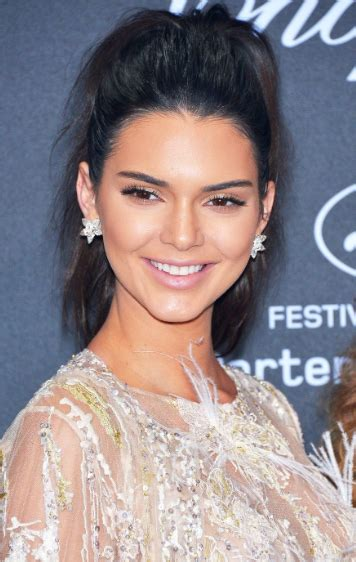 simple kendall jenner hairstyles hair world magazine