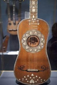 File Baroque Guitar  Ca 1630