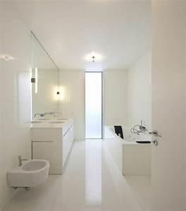 41 photos qui vont vous presenter le carrelage brillant for Carrelage blanc brillant salle de bain