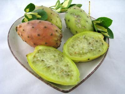 comment cuisiner les figues figue de barbarie fiche figue de barbarie et recettes de figue de barbarie sur supertoinette