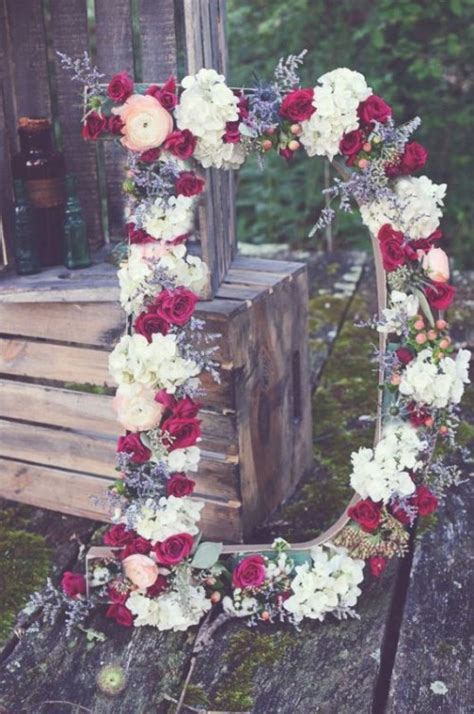 flower letters ideas   wedding decor weddingomania