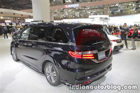 2018 Honda Odyssey (facelift) Rear Three Quarters Left At