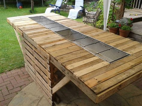 made out of pallets the 8ft bbq made out of pallets 1001 pallets