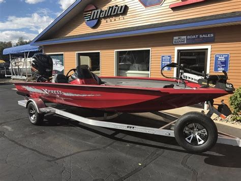 Xpress Boat Paint Colors by 2017 New Xpress Xclusive Series X19 Bass Boat For Sale