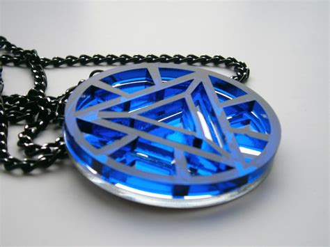 Ironman necklace pendant traumspuren iron man heart arc necklace heart arc reactor pendant sale aloadofball Image collections