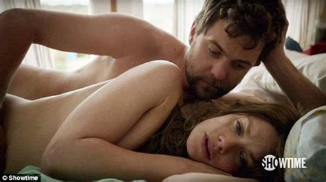 Joshua Jackson and Ruth Wilson spend 8 hours drinking ...