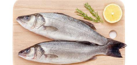 poisson à cuisiner j 39 apprend à cuisiner le bar 18h00 à 20h30 un arôme 2 chefs