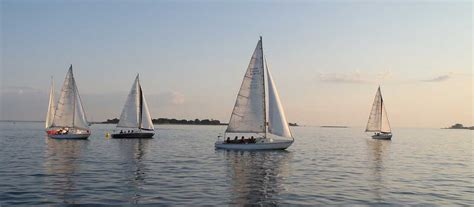 Boating Classes In Ct by Sound Sailing Center Island Sound Sailing School