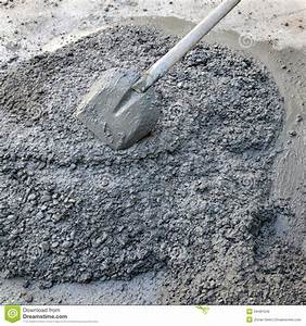 Concrete And Shovel Royalty Free Stock Photo - Image: 34481045