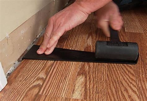 lowes flooring installation kit install a laminate floor