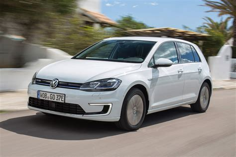 E Golf 2017 by New Volkswagen E Golf 2017 Review Auto Express