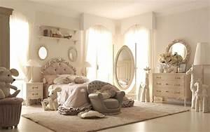 Camerette classiche ragazze sogno e romanticismo camerette for Camerette di lusso