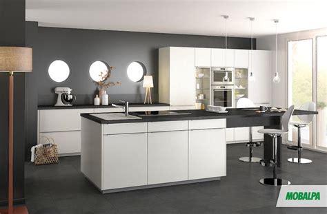 bar dans cuisine ouverte bar dans cuisine ouverte 12 cuisine murs gris fonc233s
