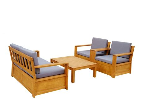 canape de jardin en bois salon de jardin malta en bois d 39 eucalyptus 2 fauteuils