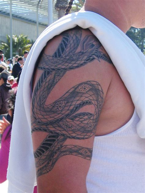 3D Snakes Tattoo on Shoulders | Tattoos Photo Gallery