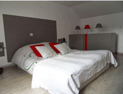 deco chambre tete de lit peinture gris anthracite coussin