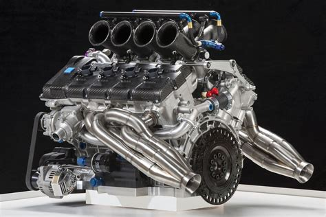 Volvo Shows 5.0-liter V8 Engine For Australian V8 Supercar