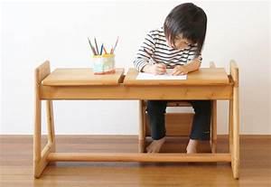 Table Enfant Bois : bureau en bois pour enfant bureau ordinateur design lepolyglotte ~ Teatrodelosmanantiales.com Idées de Décoration
