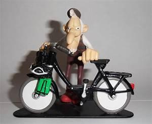 Figurine Joe Bar Team : figurine en r sine de la c l bre joe bar team velosolex du br sil pinterest joes bar ~ Medecine-chirurgie-esthetiques.com Avis de Voitures