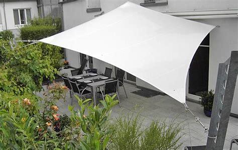 alternative zum sonnenschirm sonnensegel f 252 r terrasse balkon terassenbeschattung techo de tela terrazas und jardines