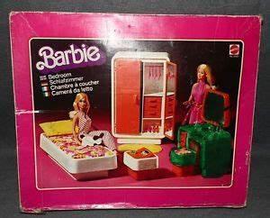 70er Jahre Möbel : barbie schlafzimmer bett schrank schuhe schreibtisch 70er jahre vintage m bel ~ Markanthonyermac.com Haus und Dekorationen