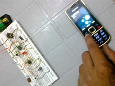 Project Cell Phone Detector Circuit Breadboard Youtube