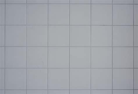 Weiße Fliesen Weiße Fugen by Fliesen Legen Ohne Fugen Pro Und Contra