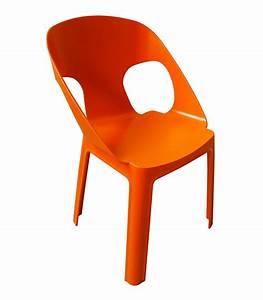 Chaise Jardin Plastique : ensemble 4 chaises et table enfant de jardin en plastique ~ Teatrodelosmanantiales.com Idées de Décoration