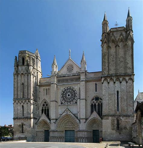 cath 233 drale poitiers