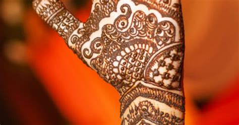 traditional kerala mehndi designs  mesmerize  soul