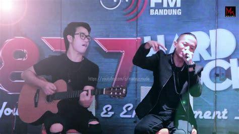 Selow Live Acoustic @sherathon Bandung