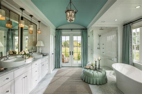 Decorating Ideas For Master Bathrooms by 10 Simple Decorating Ideas From The Hgtv Home