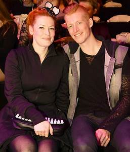 Enie Van De Meiklokjes Kind : es sind zwillinge enie van de meiklokjes postet ihr doppeltes gl ck auf instagram starzoom ~ Eleganceandgraceweddings.com Haus und Dekorationen
