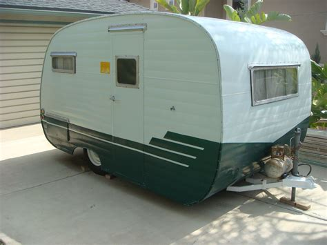 shasta      favourite vintage campers canned ham camper vintage travel