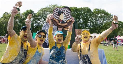 kejuaraan pai custard dunia  kembali     lebih   pai