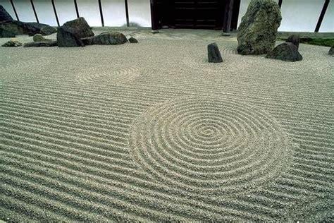 zen sand garden gardens made of sand and coool stuff