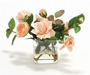 Rose In Glas : waterlook peach roses and peach gardenias in 4 39 square glass vase free shipping in usa ~ Frokenaadalensverden.com Haus und Dekorationen