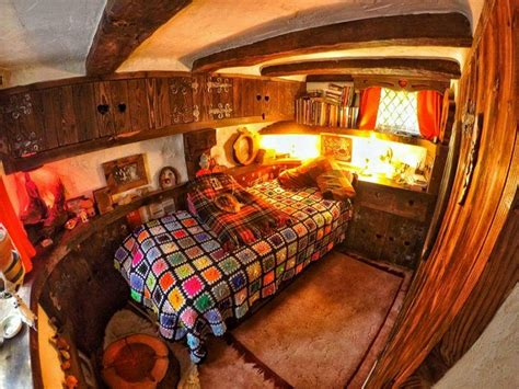 A Gorgeous Real World Hobbit House In Scotland by 25 Amazing Real World Hobbit House In Scotland Page 3 Of 28