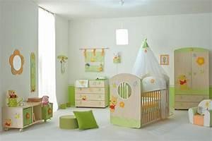 chambre bebe fille en nuances de vert inspirantes With idee couleur chambre bebe