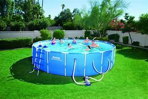 Bestway Ou Intex : bestway 18 39 x 48 39 39 steel pro frame pool set ~ Melissatoandfro.com Idées de Décoration