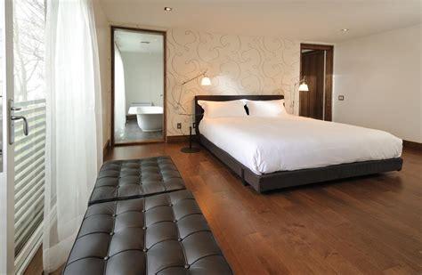 tapisserie moderne pour chambre tapisserie chambre contemporaine idées de décoration et