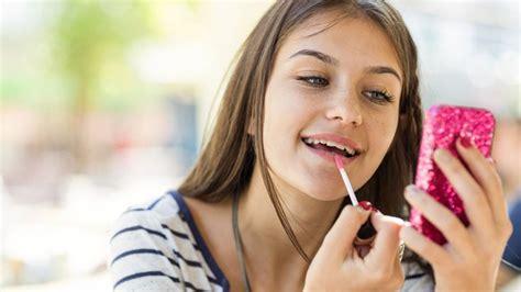 Maquillage Ado  10 Produits à Lui Offrir Pour Commencer