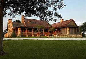Rustic meets modern: A farmhouse in rural Alabama One