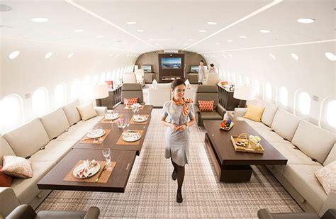 boeing dreamjet  dreamliner  plane turned world