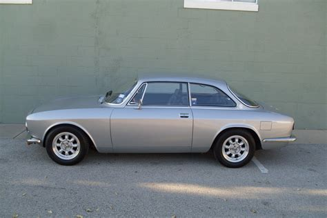 Alfa Romeo Gtv 2000 For Sale by 1974 Alfa Romeo Gtv 2000 Classic Italian Cars For Sale