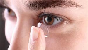 See This Doctors Find 27 Contact Lenses In Woman39s Eye