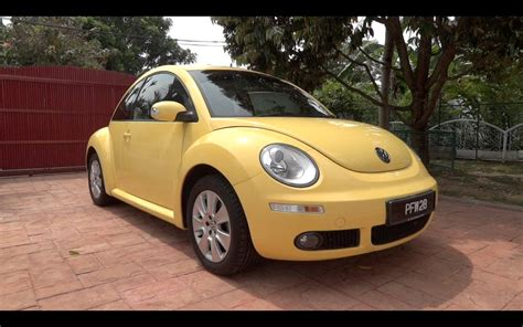 2010 Volkswagen Beetle 1.6 Start-up And Full Vehicle Tour