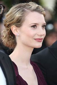 mia wasikowska Picture 41 - Lawless Premiere - During The 65th Annual Cannes Film Festival