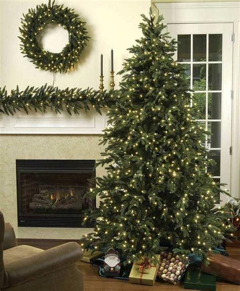 weihnachtsbaum mit beleuchtung weihnachtsbaum mit beleuchtung und haus ideen