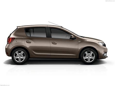 Dacia Sandero (2017) - picture 2 of 11